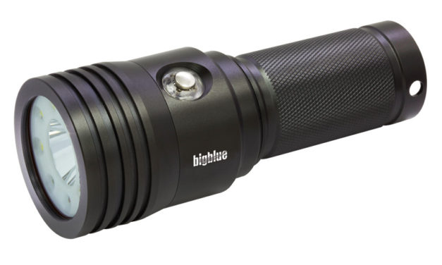 Review: BigBlue VTL3100P Dive Light
