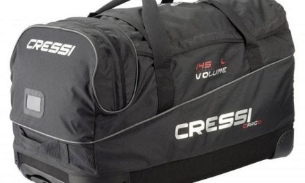 Best Dive Bags for Your Light